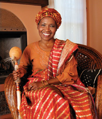 Elayn J. Taylor as Saphinne, the wise storyteller of the Young Masters Book Series